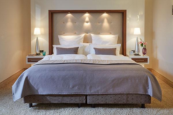 Luxuriöses Hotelbett