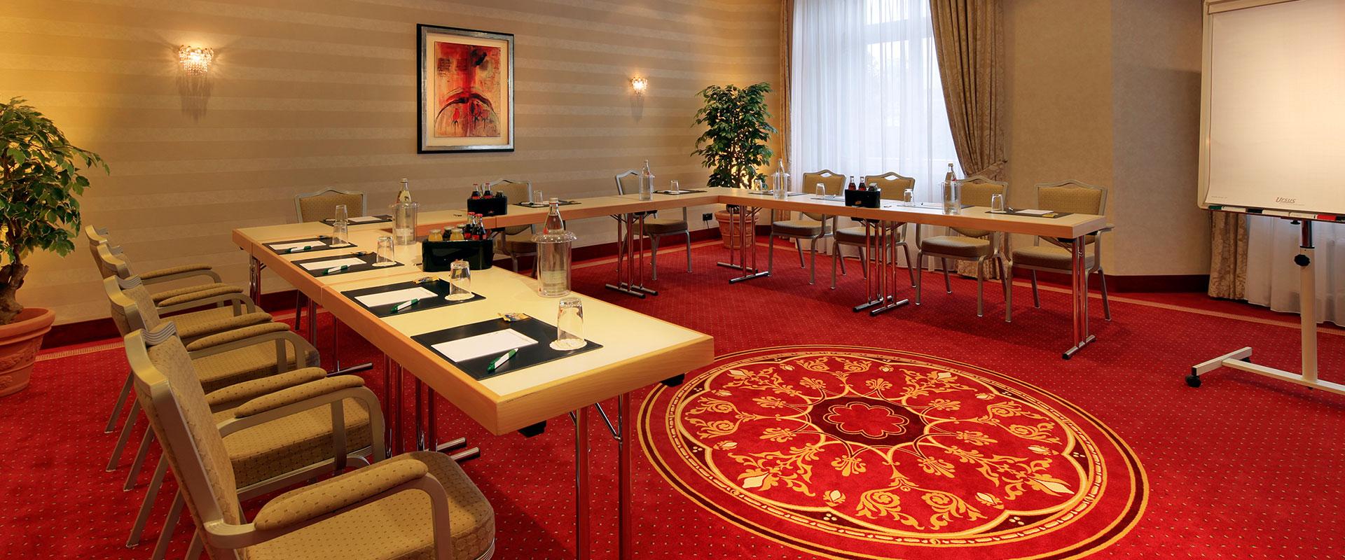 Konferenzraum mit schickem Teppichboden