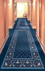 Blauer Teppichboden in Hotelfur