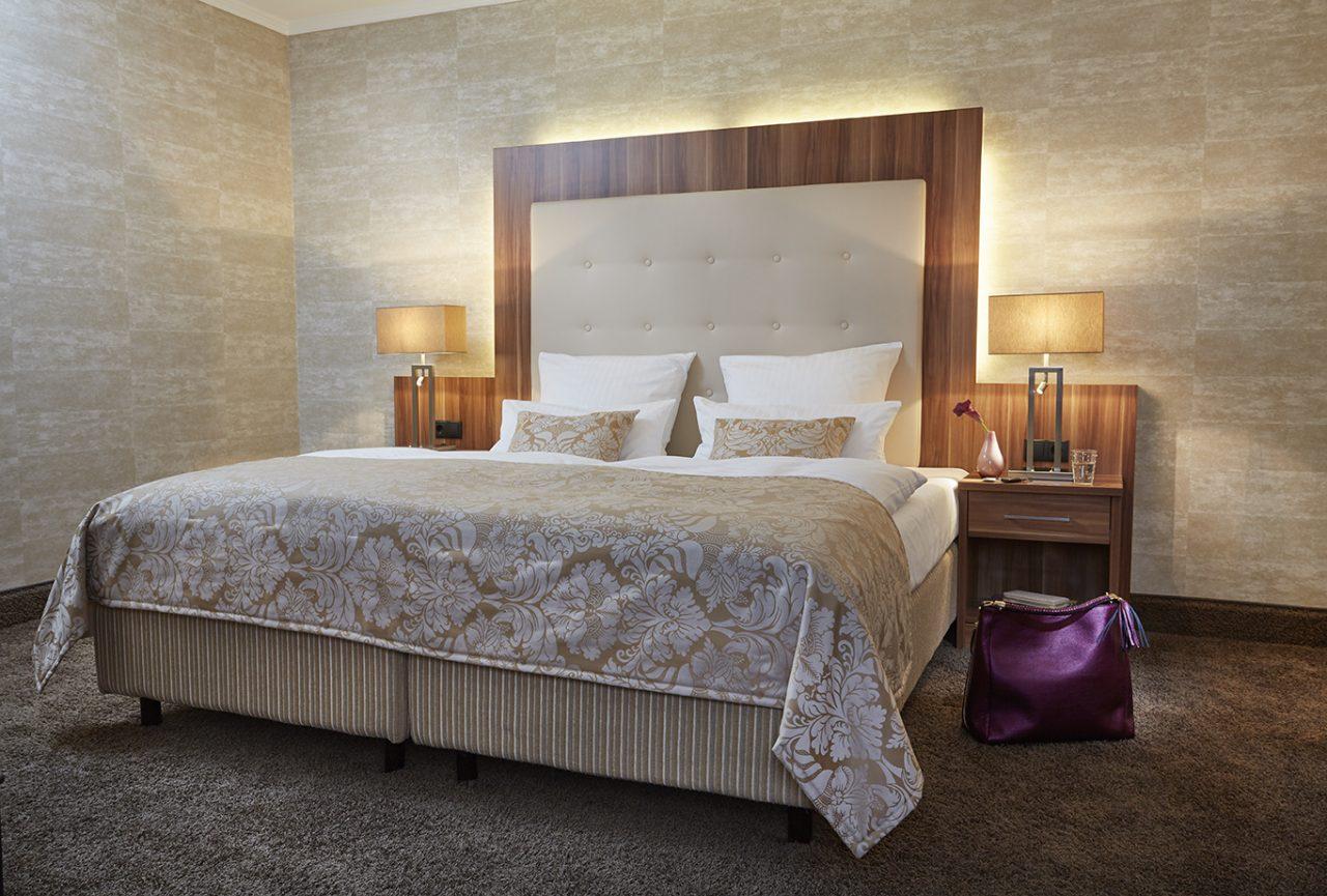 Schickes Bett im Hotel Boettcherhof
